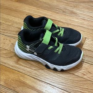 Re Posh! UA boys shoes Size 13